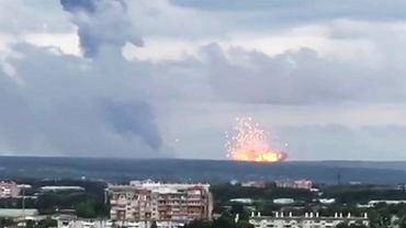 Eksplozja w magazynie broni w Rosji. Osiem osób rannych, tysiące ewakuowanych