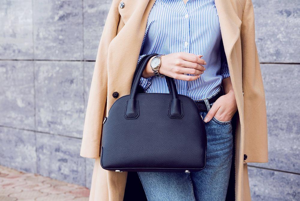Modne ubrania i dodatki na jesień 2019. Jaki wybrać płaszcz i jakie buty? Podpowiadamy
