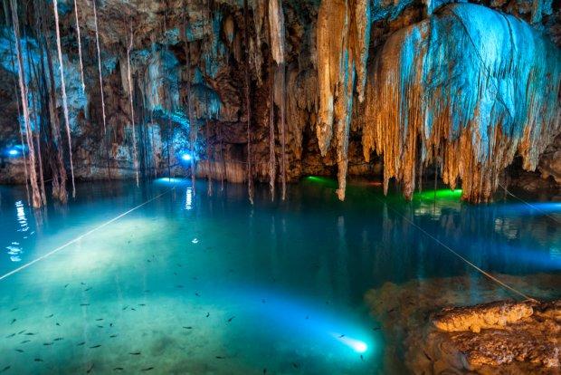 Cenote niedaleko Valladolid, Meksyk/ Fot. Shutterstock