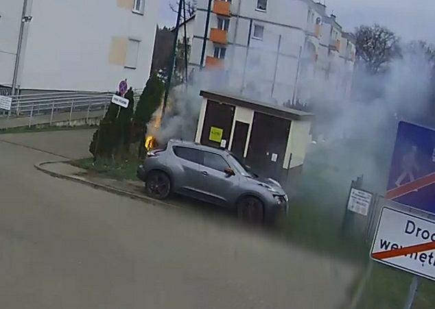 Dolnośląskie. 13-letni podpalacz zatrzymany. Wzniecił trzy pożary, podpalił wózek dziecięcy
