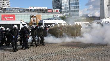 24.10.2020, Warszawa, protest przeciwko obostrzeniom w związku z epidemią koronawirusa.