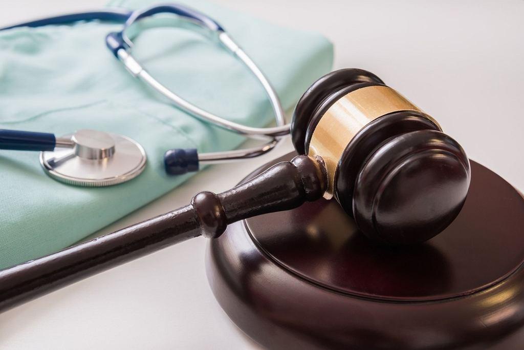 Czym są błędy medyczne i jak dochodzić swoich praw?