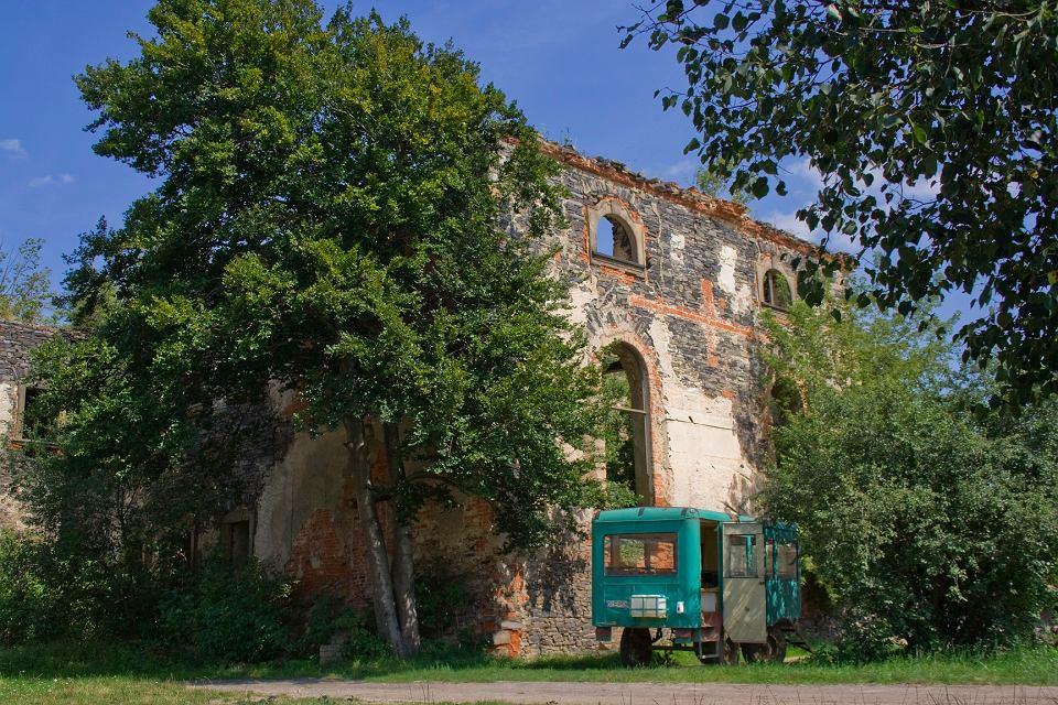 Ruiny grangii cysterskiej w Winnicy