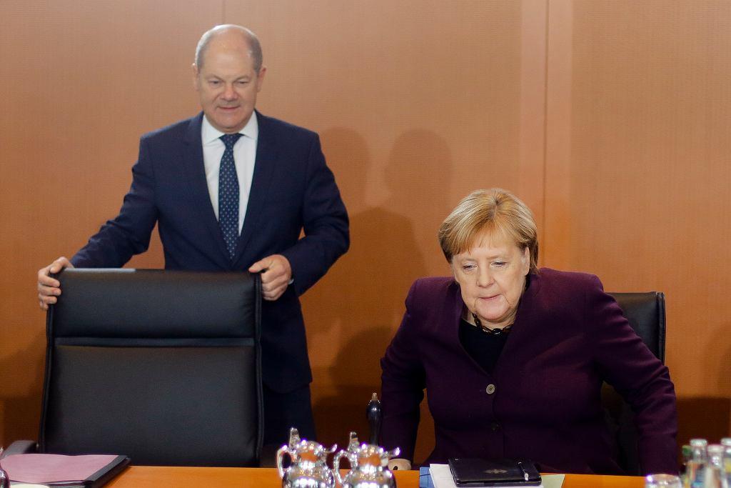 Angela Merkel i Olaf ScholzFot. Markus Schreiber / AP Photo
