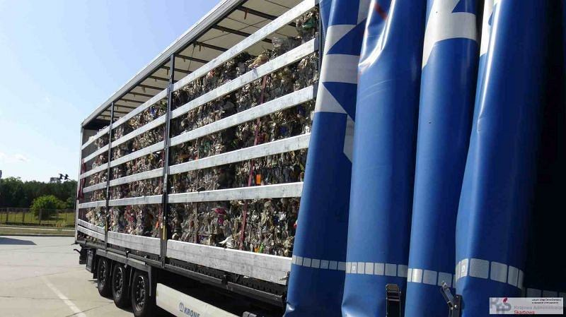 Zdjęcie numer 1 w galerii - W czasie kontroli znaleźli aż 180 ton nielegalnych śmieci