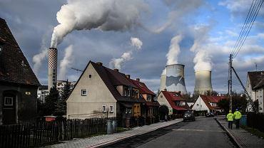 Bogatynia i kominy PGE Elektrownia Turów