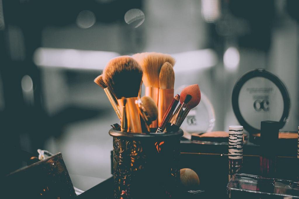 Co zrobić, by makijaż był trwały?