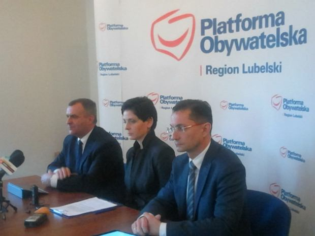 Joanna Mucha podczas konferencji prasowej w Lublinie