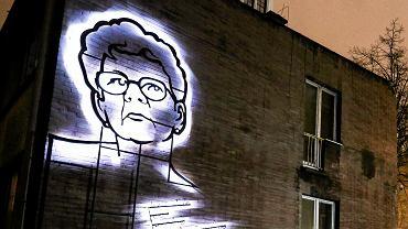 Jolanta Brzeska - neon przy ul. Emilii Plater 29 w Warszawie