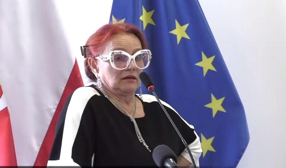 Jadwiga Caban-Korbas zabrała głos na sztabie kryzysowym zwołanym w słubickim starostwie.