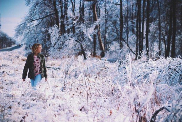 Jak dbać o skórę zimą? Mądrze! (fot. Pexels.com CC0)