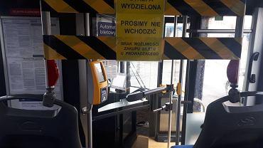 Strefa wydzielona w pojazdach komunikacji miejskiej z powodu koronawirusa