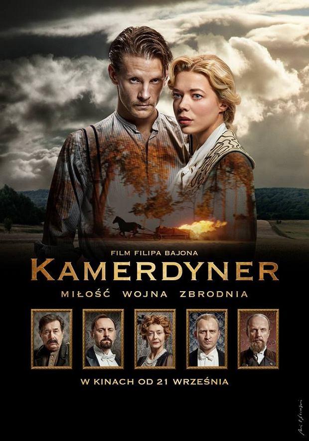 'Kamerdyner' wejdzie do kin 21 września. Wcześniej, 5 września, premierę ma książka, która powstała na podstawie scenariusza. Jej autorami są Mirosław Piepka, Michał Pruski, Marek Klat i Paweł Kraśnicki.