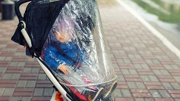 Mama wymyśliła sposób, aby chronić dziecko przed koronawirusem