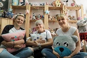 0cb77ca06 Trzy siostry z Poznania sprzedają ręcznie robione zabawki dla dzieci. Hitem  jest szmatka z metkami
