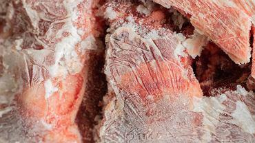 Ciemne plamy na mięsie - czy są niebezpieczne?