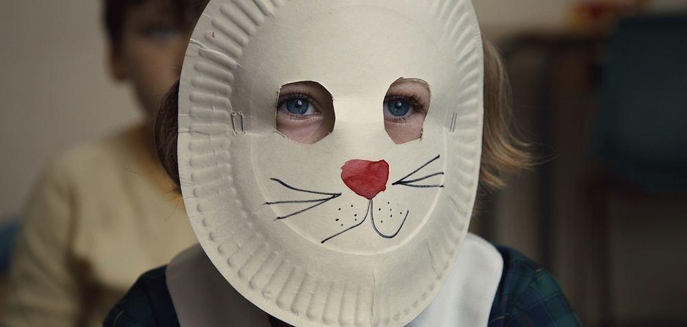 'Dziewczynka w króliczej masce', reż. Natalie van den Dungen / Mat. prasowe