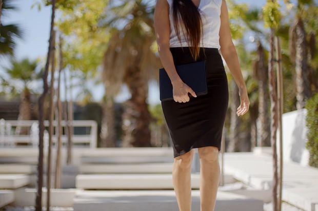modne spódnice dla pań po 50 - tce