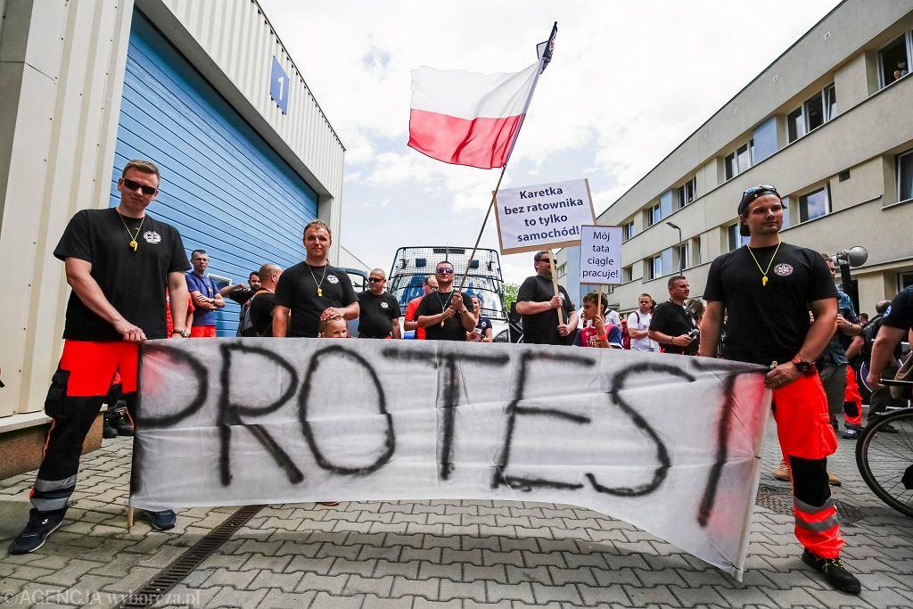 Protest ratowników medycznych. Kraków, 30 czerwca 2017