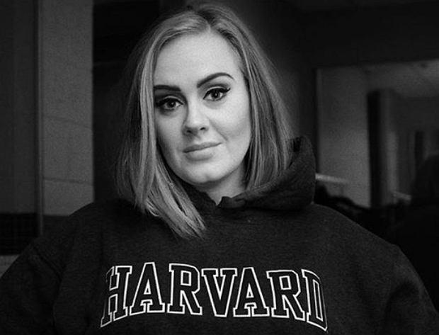 Adele jeszcze bardziej schudła. Teraz jest kompletnie nie do poznania
