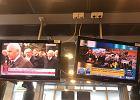 Protest policjantów w Warszawie, tymczasem TVP Info pokazuje... pogrzeb admirała Józefa Unruga