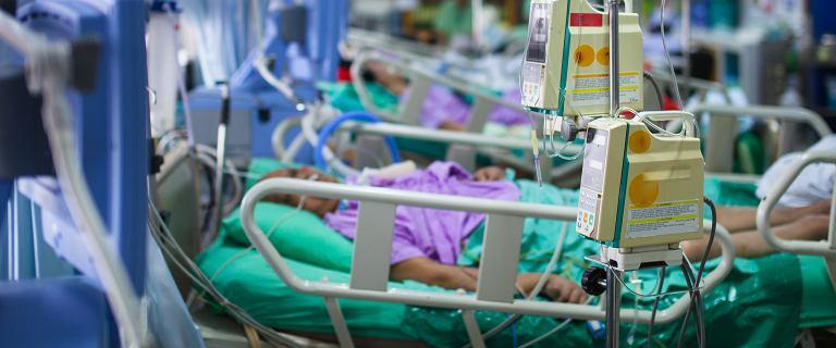 Nawet dziś do 18 procent chorych na sepsę poanginową umiera. A objawy często sugerują inne schorzenie