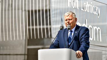 Maj 2019 r. Marek Suski podczas oficjalnej inauguracji budowy lotniska imienia Bohaterow Radomskiego Czerwca 1976 .