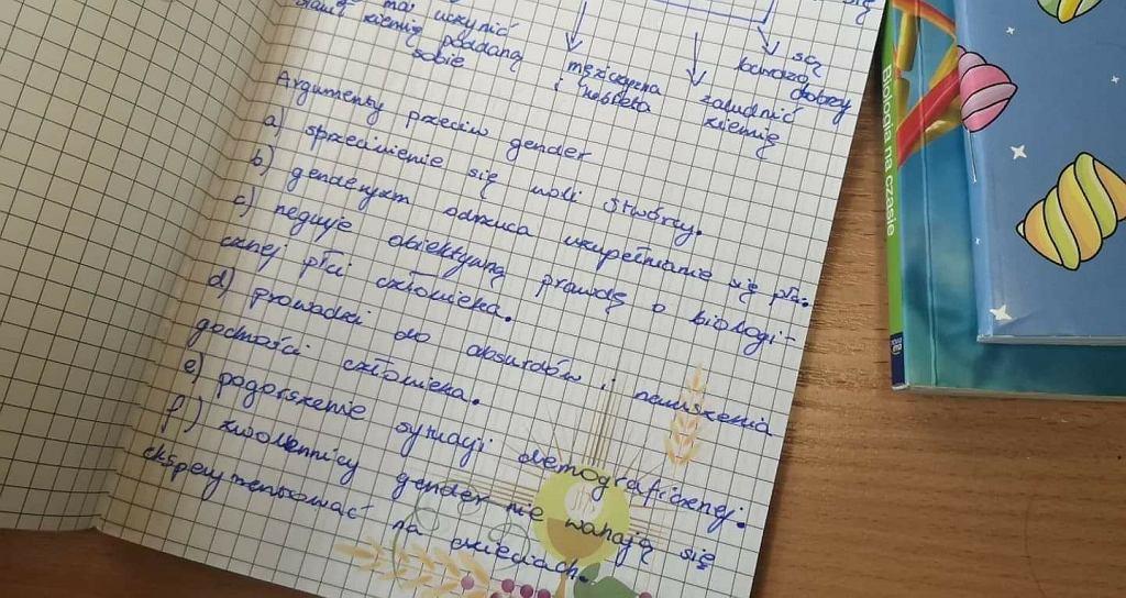 Notatka z lekcji religii w liceum w Krośnie