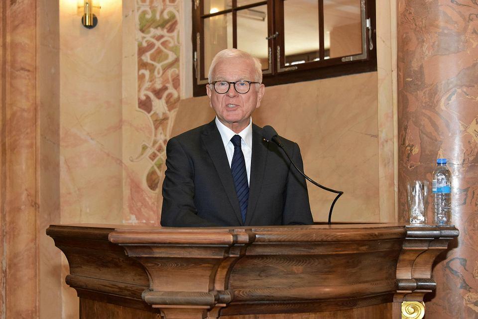 Prof. Hans-Gert Pöttering podczas wczorajszego wykładu