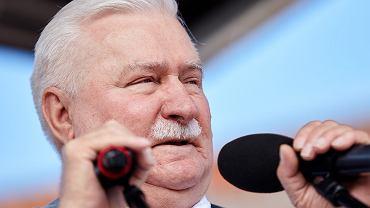 22.07.2017 Gdansk , Plac Solidarności . Były Prezydent RP Lech Wałęsa przemawia podczas manifestacji ' 3X NIE ' przeciwko zmianom w sądownictwie wprowadzanym przez Prawo i Sprawiedliwość .