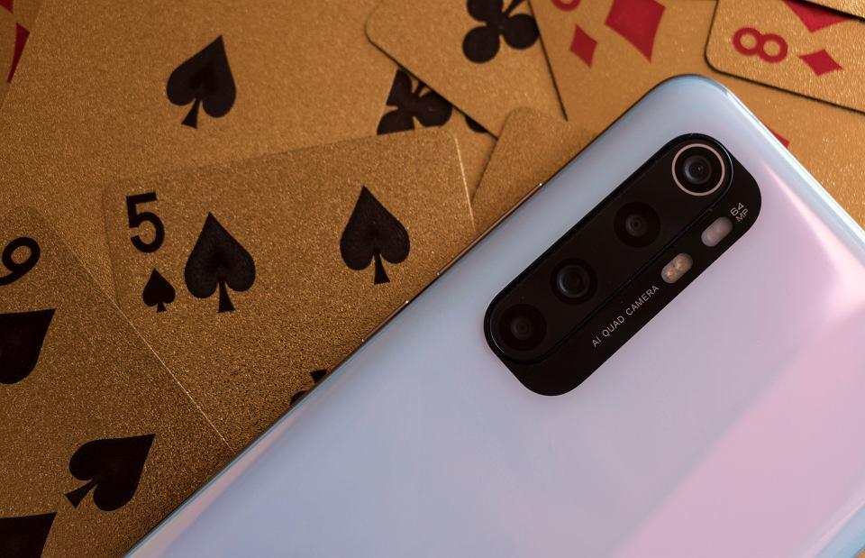 Xiaomi Mi Note 10 Lite: Smartfon z najlepszym aparatem do 1500 złotych.