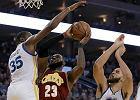 NBA. Cleveland Cavaliers - Golden State Warriors najważniejsze momenty z ich finałowych starć