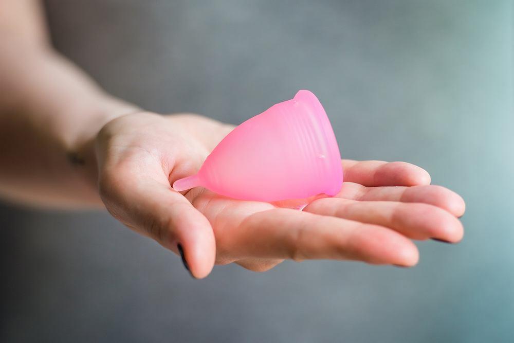 Kubeczek menstruacyjny - co to jest i gdzie możemy to kupić?