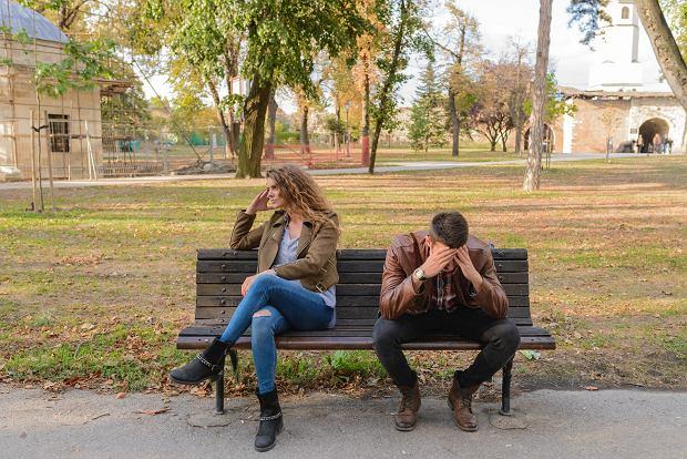 Badania wykazały też że w małżeństwach w których podłożem konfliktu jest dominacja i kontrola kobiety czują mniej satysfakcji z życia rodzinnego
