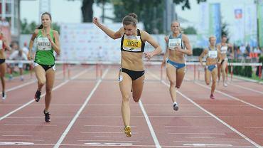 <b>Joanna Linkiewicz</b> (KS AZS AWF Wrocław, 24 lata) - 400 m ppł, 4x400 m