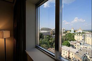 Kijów hotel. Gdzie spać i gdzie zjeść w Kijowie