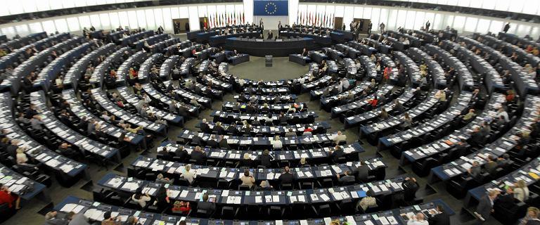 """""""Wielki skandal"""" w Parlamencie Europejskim. Złodzieje wykorzystali czas epidemii"""