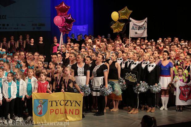 Zdjęcie numer 42 w galerii - Cheerleaderki rywalizują w Kielcach. Bo taniec nie jedną ma twarz [ZDJĘCIA]