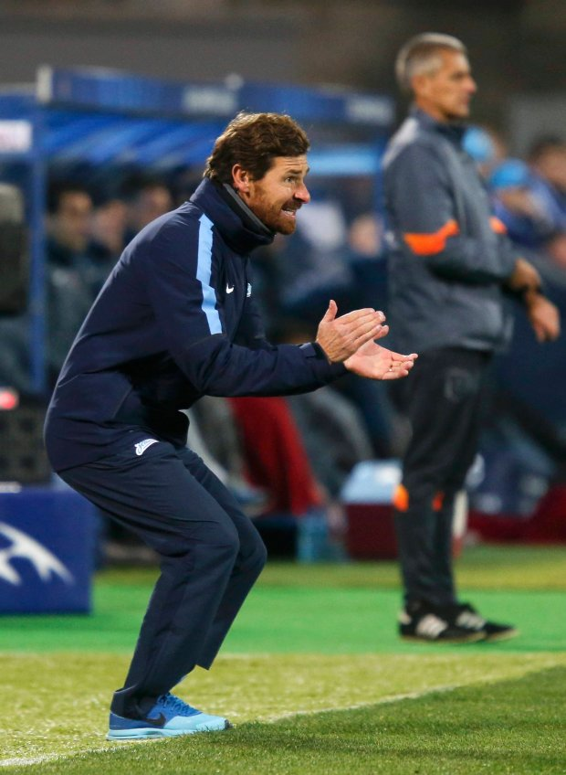 Zenit St. Petersburgs coach Andre Villas-Boas reacts during the Champions League soccer match against AS Monaco at the Petrovsky stadium in St. Petersburg