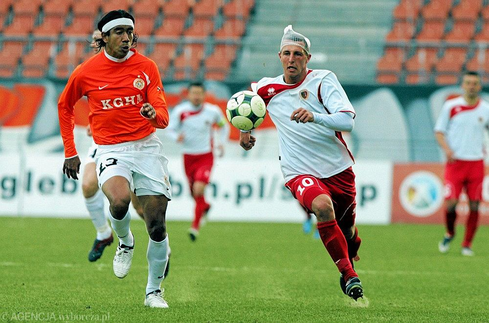 Sergio Reina (z lewej) - był za słaby na Zagłębie