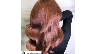 Rose brown hair, czyli nietypowa propozycja dla szatynek. Poznaj trend na wiosnę 2020