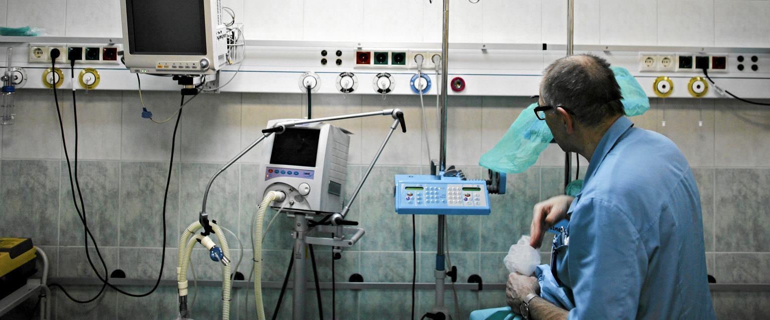 Wychodziłem ze szpitala w takim samym nastroju, w jakim do niego wchodziłem. Czułem, jakby nic się nie zmieniło (fot. Tomasz Stańczak / Agencja Gazeta)