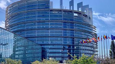 Budynek Parlamentu Europejskiego (zdjęcie ilustracyjne)