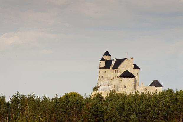 Zamki w Polsce. Zamek Bobolice / shutterstock