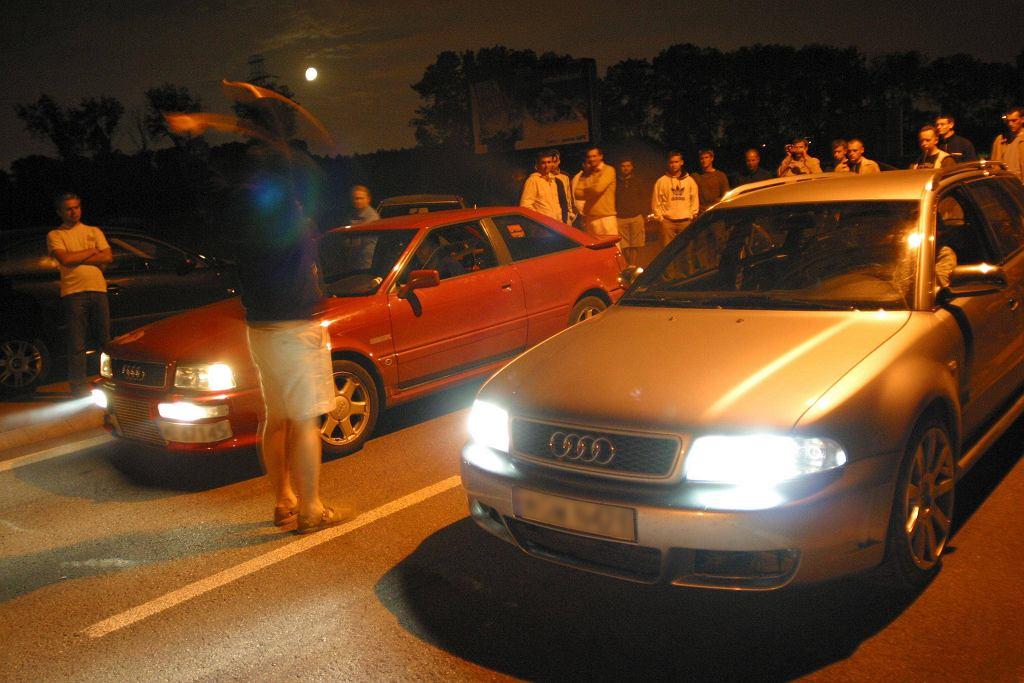 Nielegalne wyścigi samochodowe