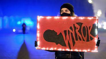 9.11.2020, Rzeszów, demonstracja po decyzji Trybunału Konstytucyjnego zakazującego aborcji z powodu wad genetycznych płodu.