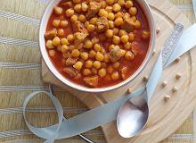 Ciecierzyca z białą kiełbasą w sosie pomidorowym - ugotuj