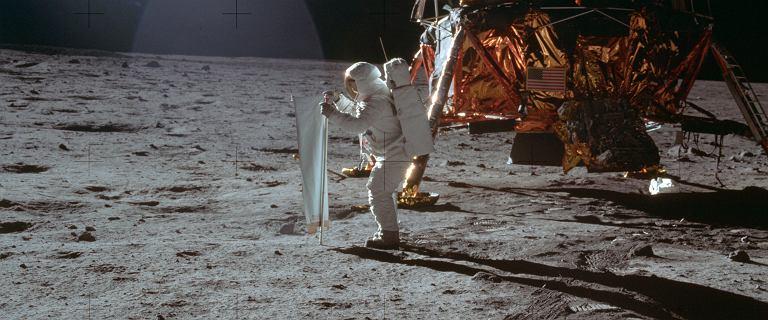 To skomplikowane, więc tego dokonamy. Dlaczego Amerykanie polecieli na Księżyc?
