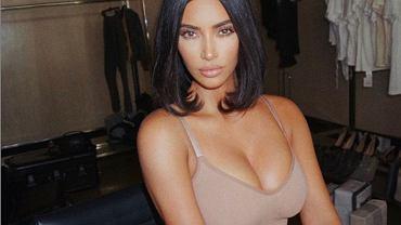 Kim Kardashian w nowej odsłonie. Postawiła na zaskakujący kolor włosów