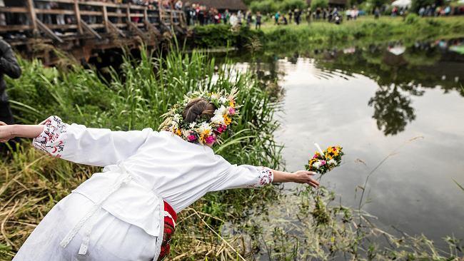 Sobótka w Muzeum Wsi Radomskiej. Chętni będą szukać kwiatu paproci i puszczać wianki na wodzie